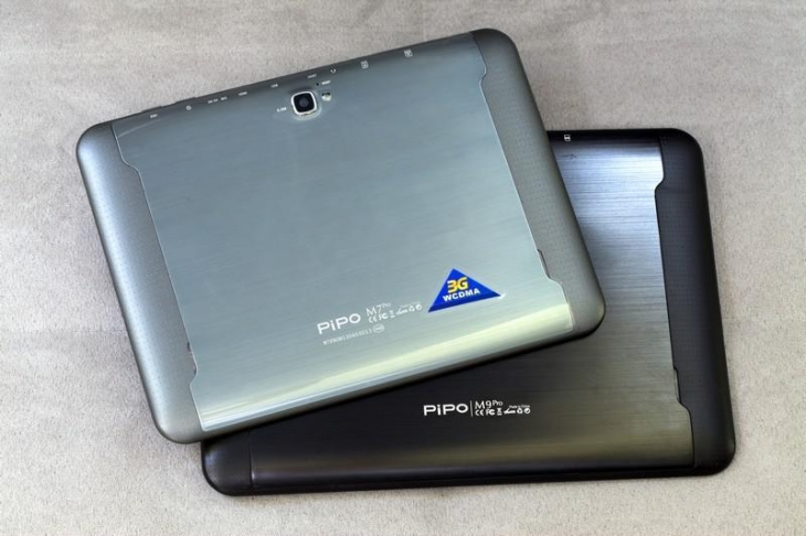 Pipo M9pro back view